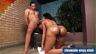 Black Booty Shemale Eloisa Byron @ Shemale-Orgy.Club
